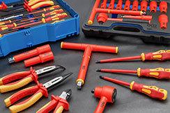 Nástroje pro vysoké napětí / izolované nástroje